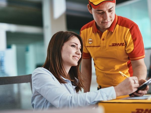 DHL and Cranfield School of Management report: E-Commerce is Transforming B2B