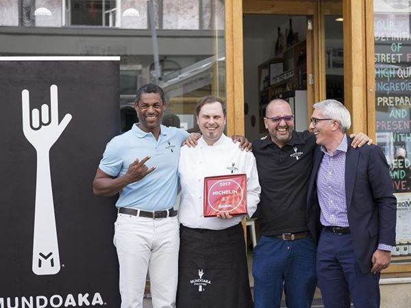 MUNDOAKA was honored by Michelin Guide