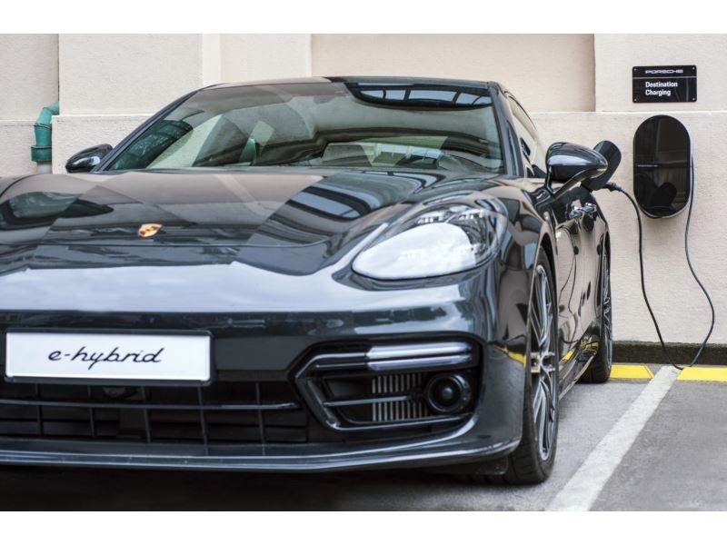 The First Porsche Destination Charger for Plug-in Hybrid Vehicles in Croatia at Esplanade hotel